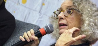 Mujeres feministas se manifiestan contra nuevo libro de Marta Lamas por justificar acoso